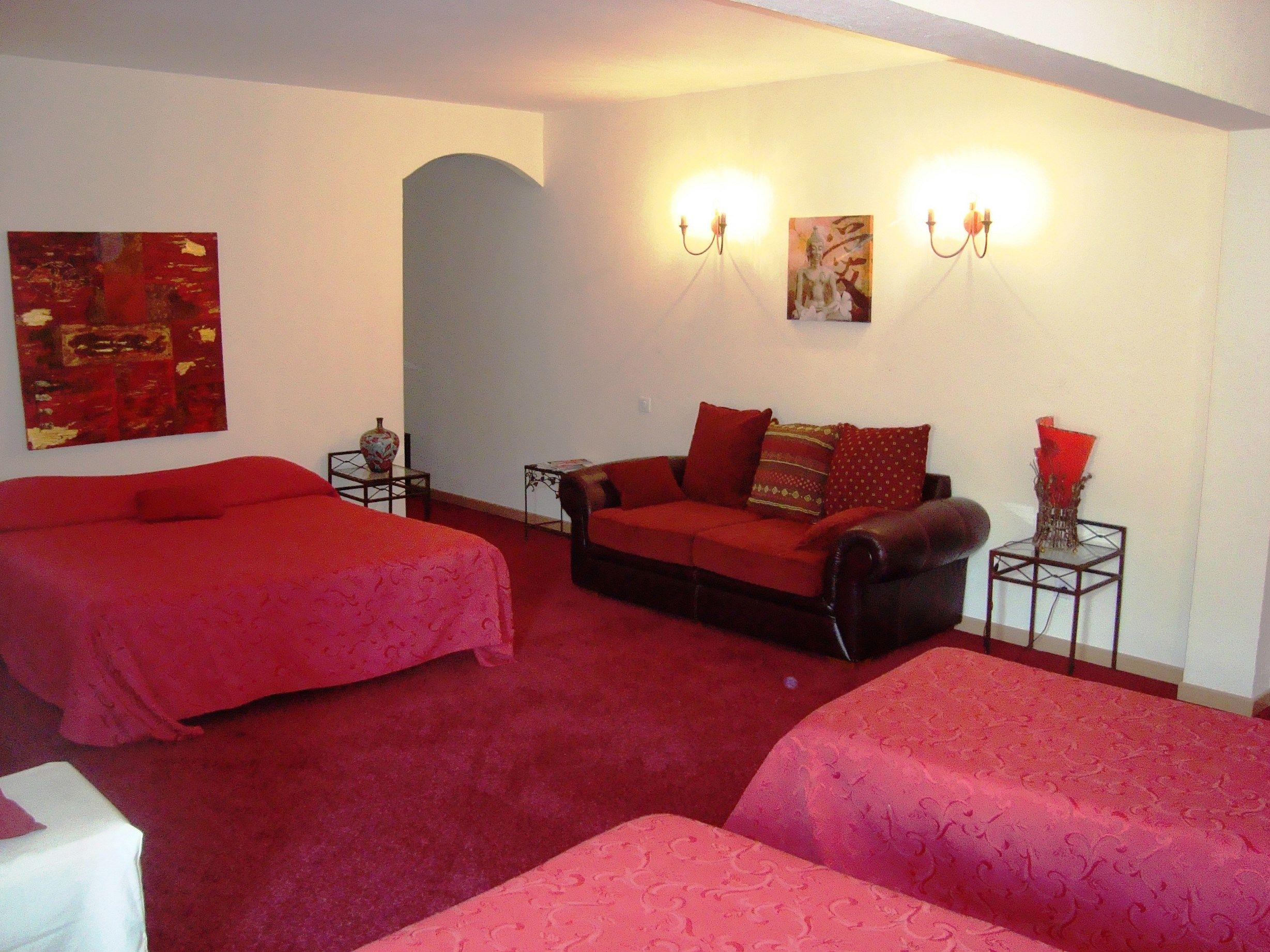 Inter Hotel Aix En Provence North Le Village Proven Al Hotel 3  # Meuble Tv Sonorise