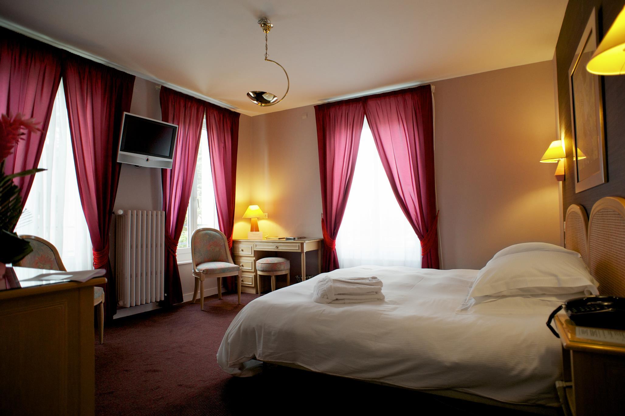 H´tel Grand H´tel de Courtoisville Piscine & Spa hotel de